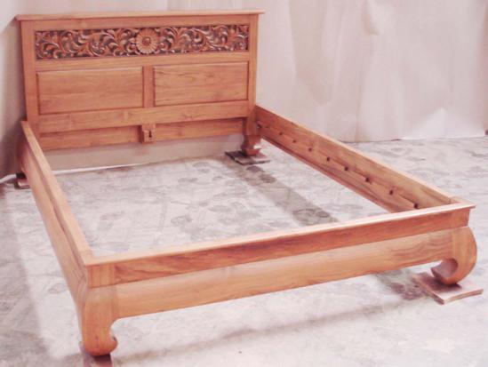 Banana Leg Platform Bed W Carving Headboard 1 Baliette