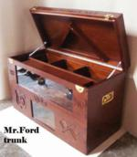 Trunk Mr. Ford ( open)